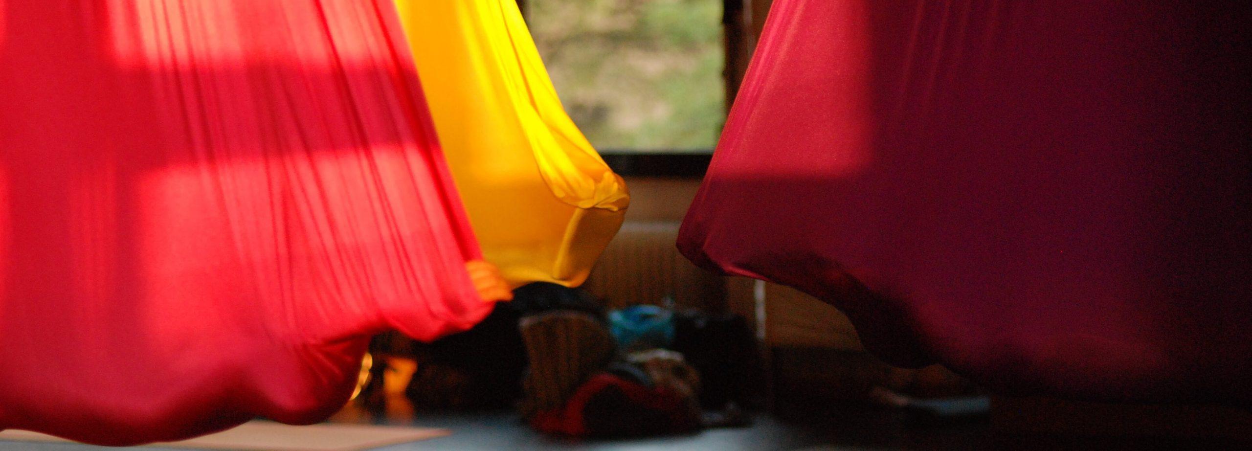 Aerial Yoga Tuch Setup fliegen